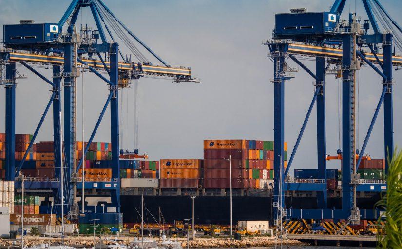4 redenen waarom u ervoor kiest om een afvalcontainer transportcontainer te huren
